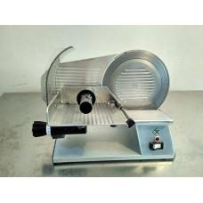 Nářezový stroj RM gastro